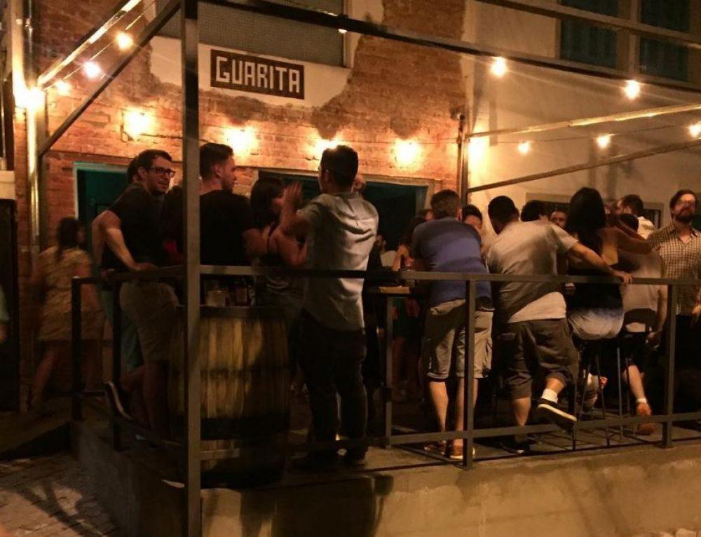 Le Guarita Bar, cocktails et bolovos à Vila Madalena
